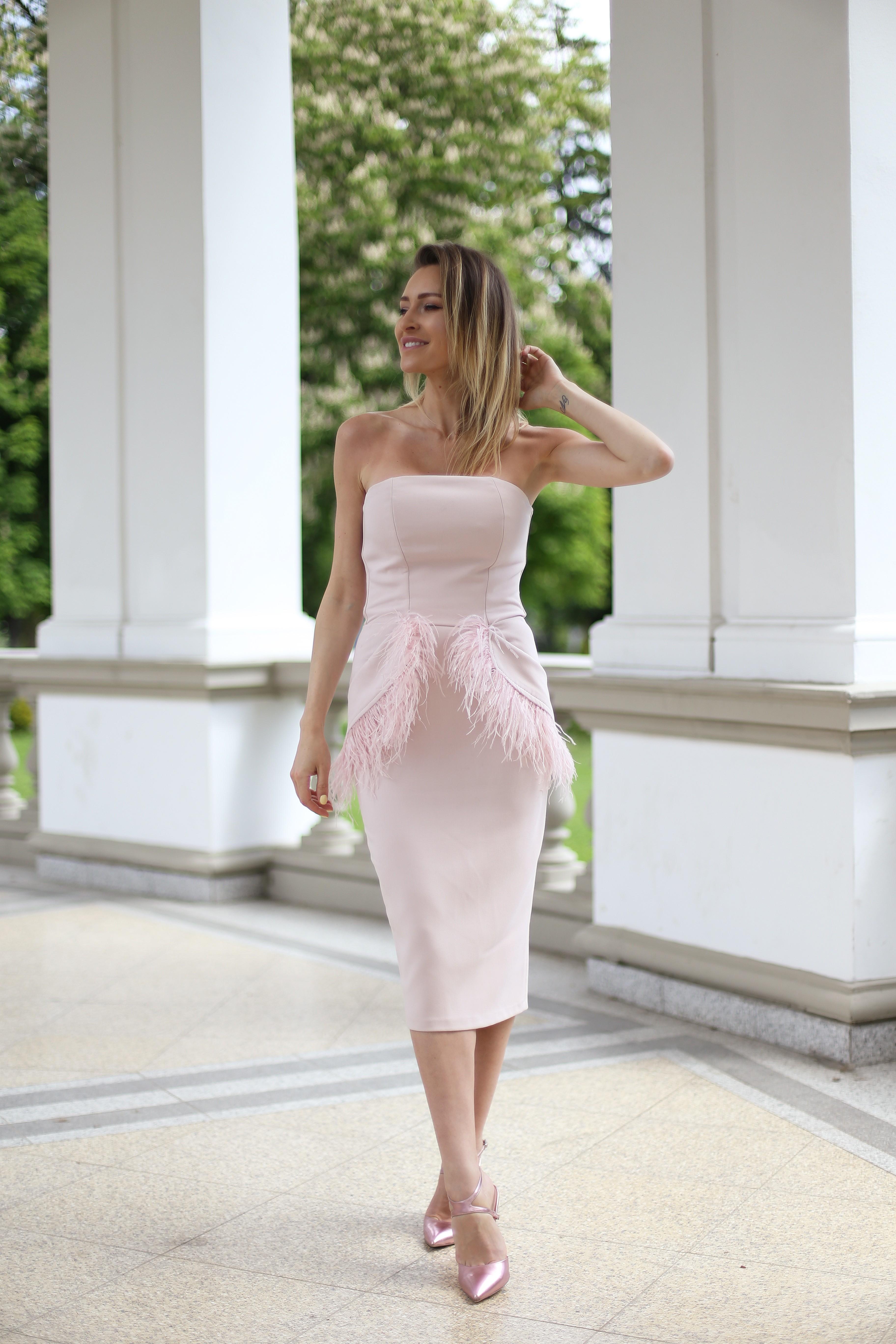 Rochie cu pene